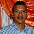 Luis E. C. R.